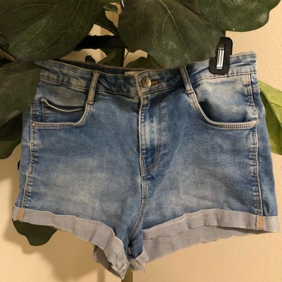 Zara Pants - TRD Denim Zara light blue jean shorts Size 6